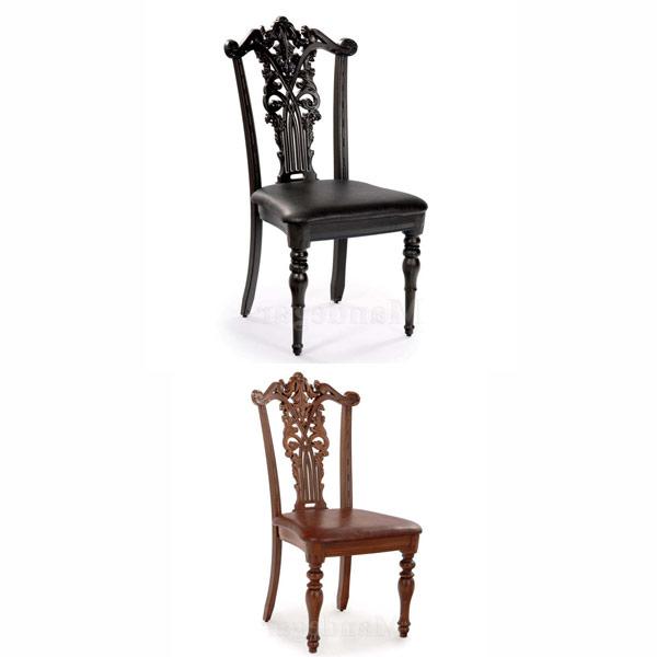 تصويری از دو صندلی ناهار خوری سلطنتی يه رنگ های قهوه ای روشن و قهوه ای تيره در پس زمينه سفيد.