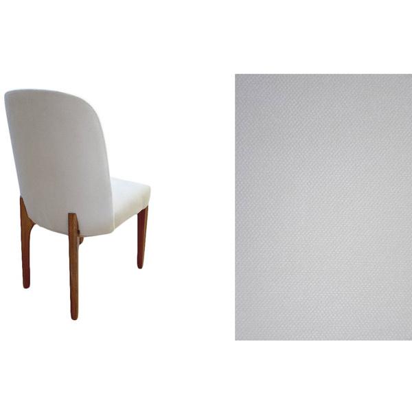 تصويري از صندلی ناهار خوری RS1002 به رنگ سفيد و پايه هاي قهوه اي در پس زمينه سفيد.