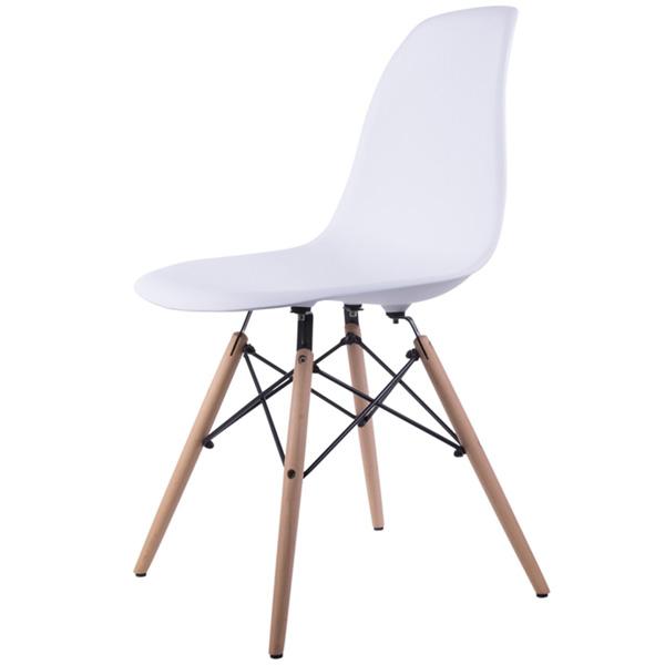 صندلی ميز ناهار خوری کروماتيک 005 به رنگ سفيد و در پس زمينه سفيد.